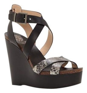 Vince Camuto Kristy Strappy black Wedges
