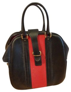Tote in Black and Red