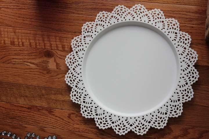 & White 10 Lace Chargers Charger Plates Reception Decoration