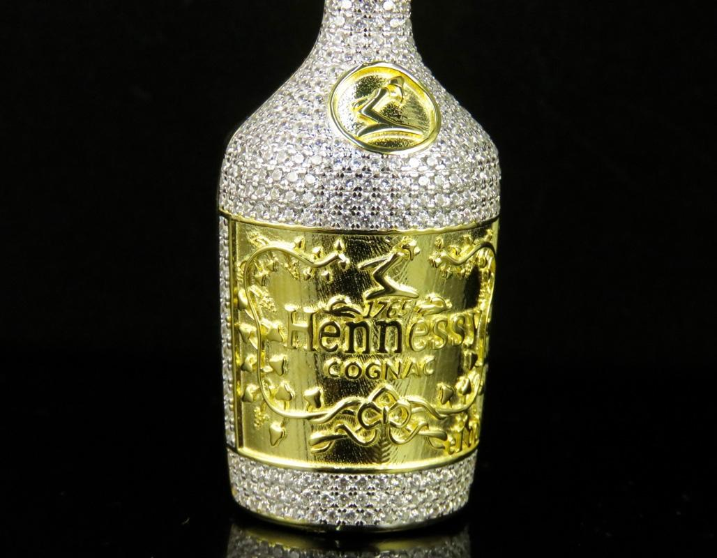 Decorated Hennessy Bottle Enchanting Yellow Finish Men's Hennessy Cognac Bottle Lab Diamond Custom Review